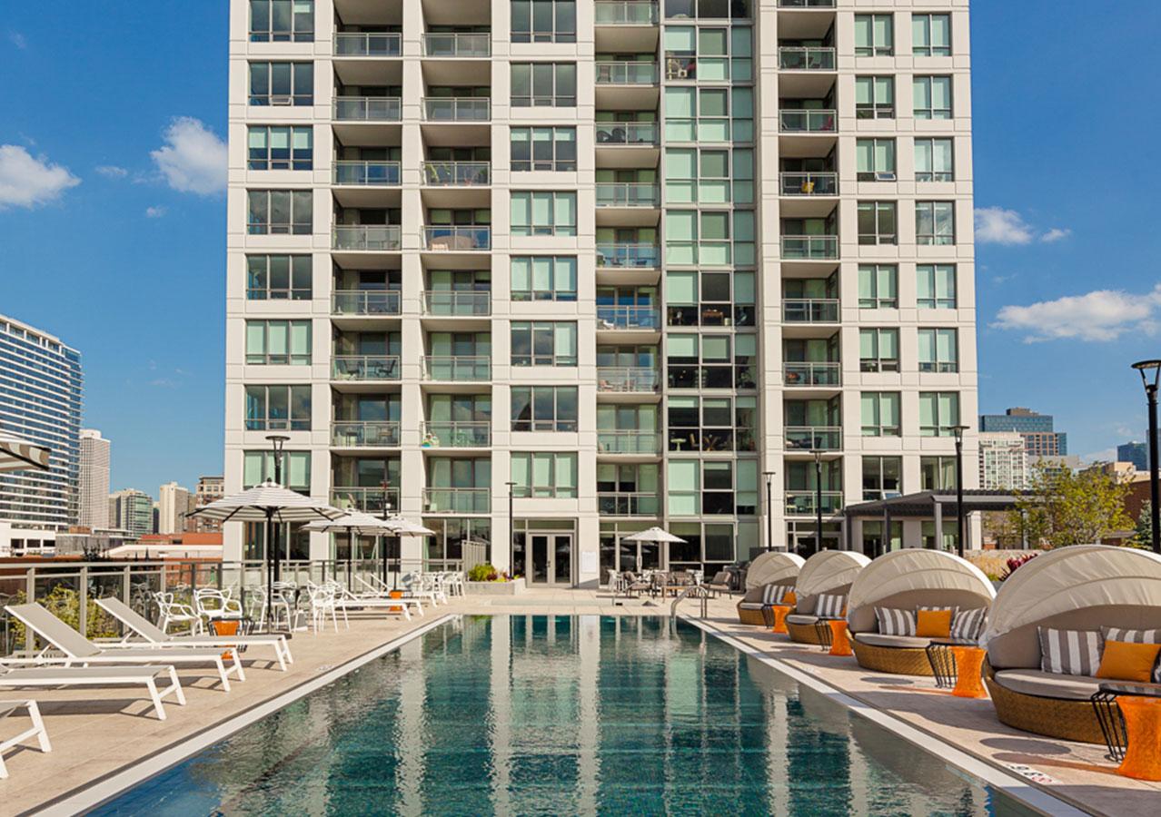 outdoor rooftop pool